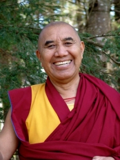 Khen_Rinpoche_Smiling_Outdoors_Courtesy_BodhiMind_Center